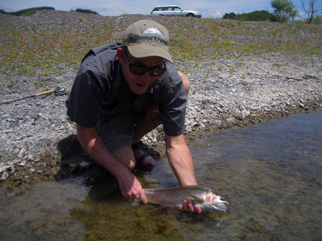 fFy fishing Tukituki River Hawkes Bay