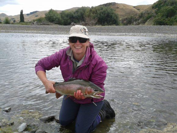 Belinda fly fishing Tukituki river