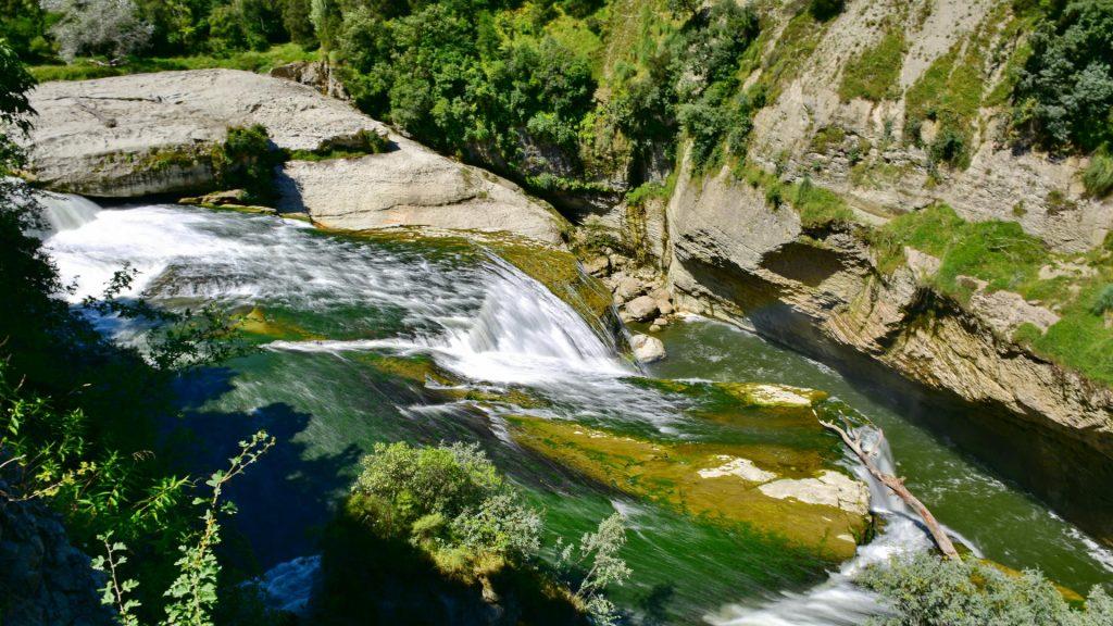 Te Reinga Falls in Hawkes Bay, New Zealand